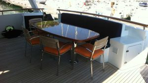 180222_COMMERCIAL-BREAK_Exterior-Aft-deck-seating_IMG_4516